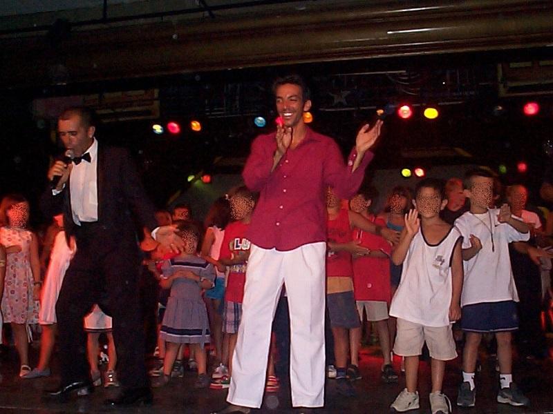 David Strajmayster (Doudi), Gentil organisateur (GO) au Club Med de Marbella en aout 1999. Marbella, Espagne. Photo DR Poudou99 / wikicommons