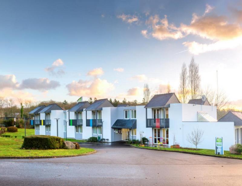 Ara Hôtel, candidat aux Palmes du Tourisme Durable, dispose d'une équipe composée à 80% de travailleurs handicapés - Ara Hôtel