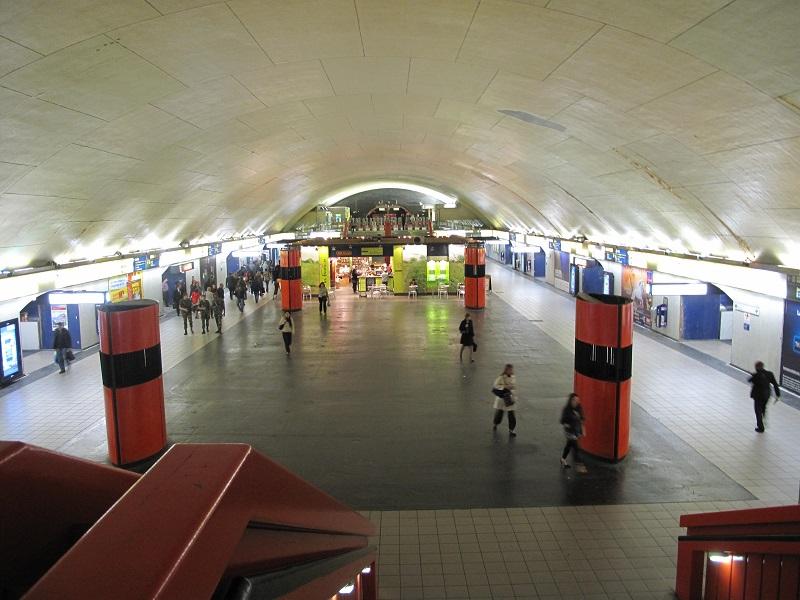 Le RER A ne passe plus entre la Défense et Auber - DR Tangopaso / wikicommons (station auber)