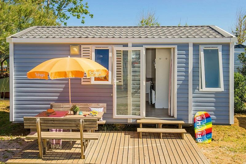 Les hébergements mobil-home du camping Le Coteau de la Marine dans le sud de la France  - DR site internet - Tohapi