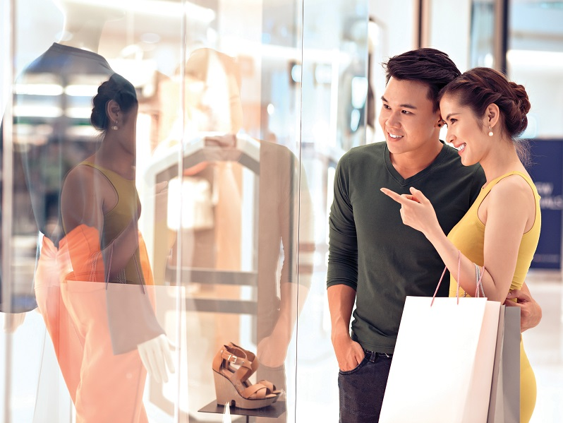 84 % des touristes chinois utilisent des services de détaxe et  dédient une grande partie de leur budget vacances au shopping (27 %) - DR Premier Tax Free France