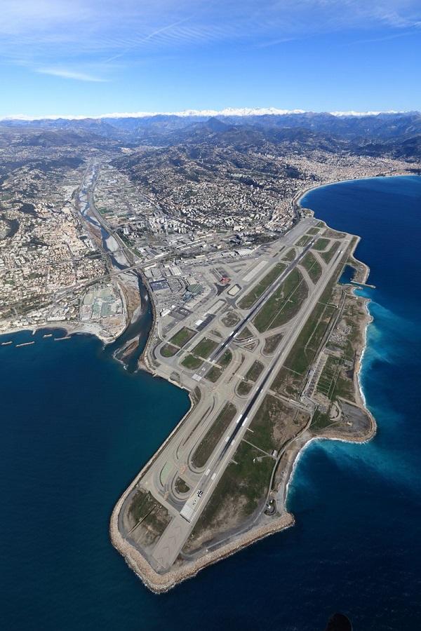 L'aéroport de Nice est le 3ème plus fréquenté de France, derrière ceux de Paris - Crédit photo : Compte Twitter @AeroportNice