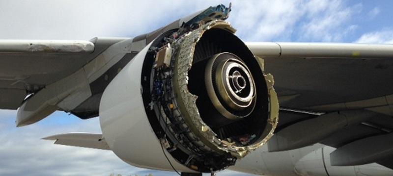 Le moteur endommagé sera analysé afin de connaître les raisons de sa dislocation partielle - Crédit photo : BEA