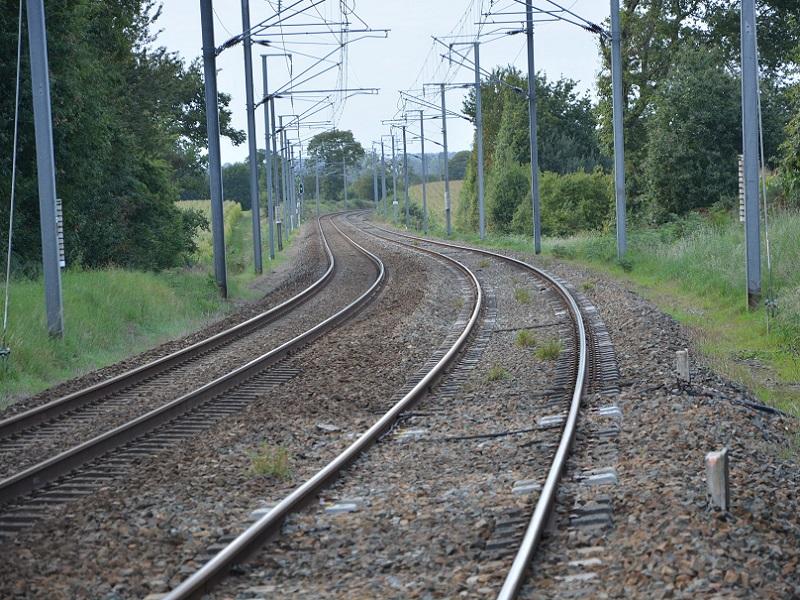"""Un important virage pourrait être pris par la SNCF,car la ministre en charge du transport exige un """"nouveau management"""" - Crédit photo : Pixabay, libre pour usage commercial"""