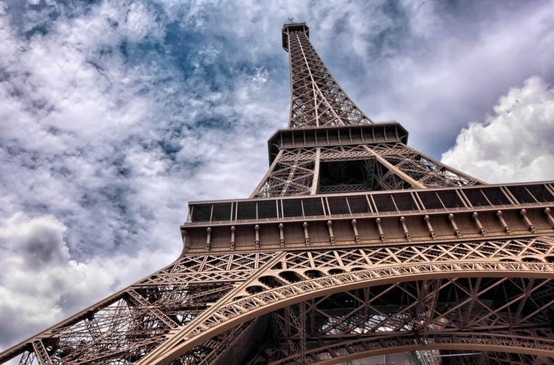 Les aménagements pour monter visiter la tour Eiffel devraient être repensés à l'horizon 2023 - CC0 License