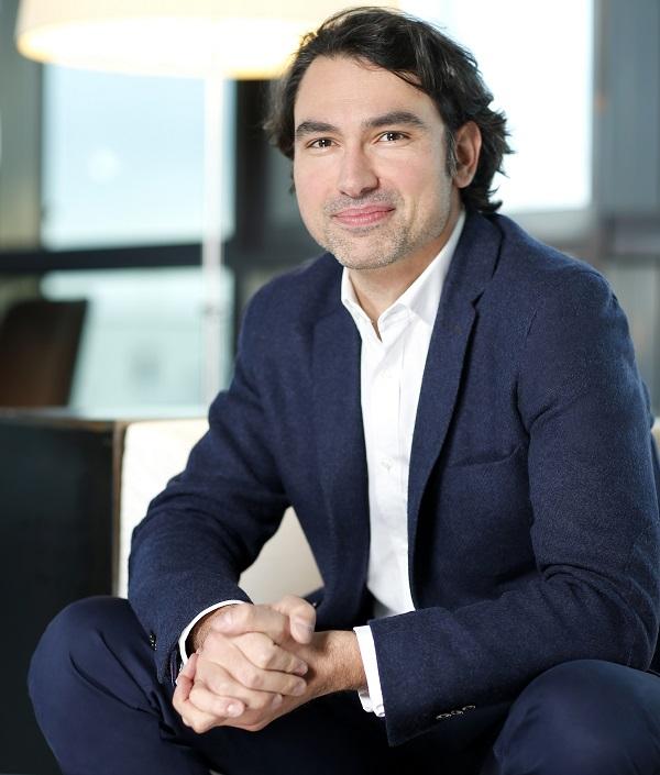 Jean-Baptiste Hoyaux remplace Martine Granier en poste depuis 2011 au sein de vente-privée - Crédit-photo : vente-privée
