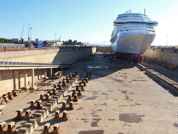La forme 10 au port de Marseille, plus grande cale sèche de Méditerranée - Crédit photo : RP
