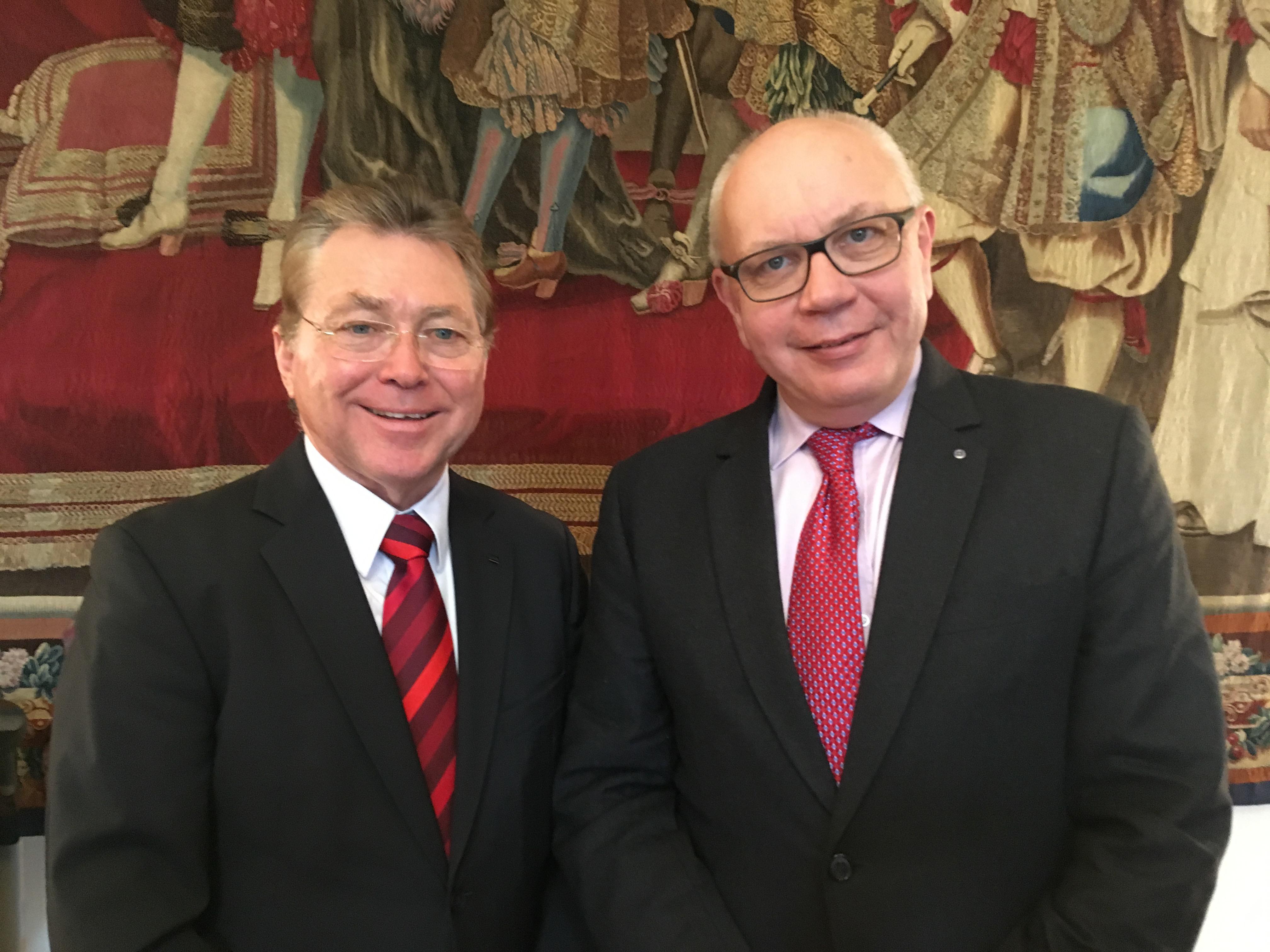 André Witschi, président et & Michel Rochat, CEO de l'Ecole hôtelière de Lausanne. - CL