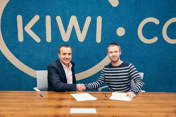 Tomeu Bennasar, P-DG Logitravel Group et Olivier Dlouhy, P-DG Kiwi.com - Crédit photo : Kiwi.com