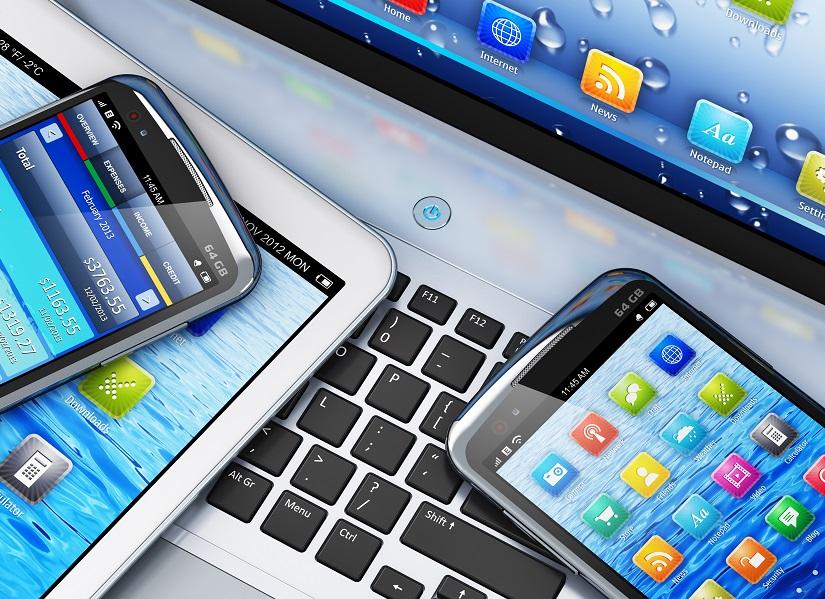 la technologie, les bitcoin, la blockchain, les mobiles... Et le tourisme - © Scanrail - Fotolia.com