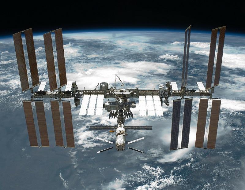 L'agence aérospatiale russe a dévoilé les plans pour la construction par RKK Energia d'un hôtel en orbite qui sera accroché à la Station spatiale internationale (ISS) - Photo WikiImages Pixabay