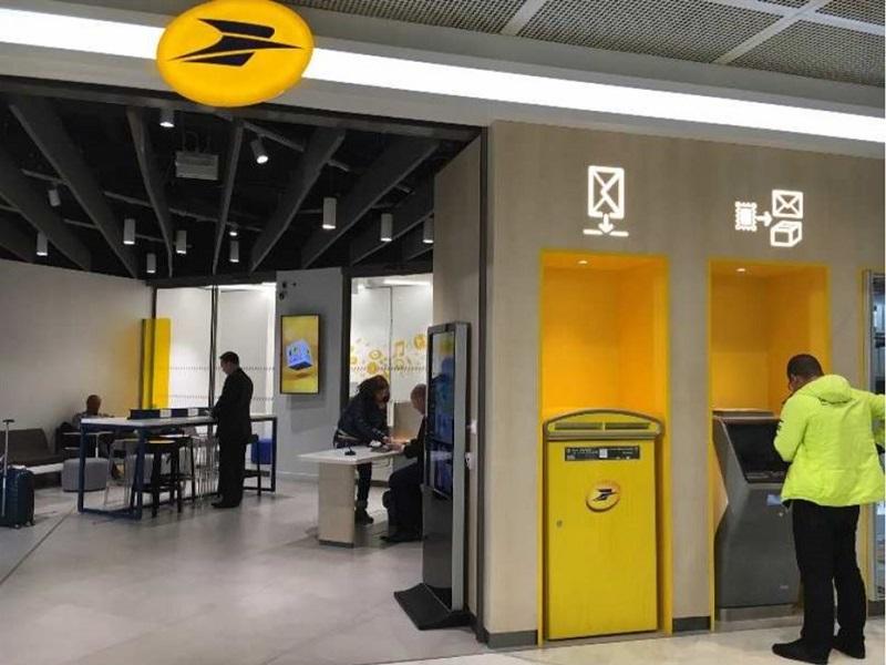 La poste s installe dans les aeroports de paris