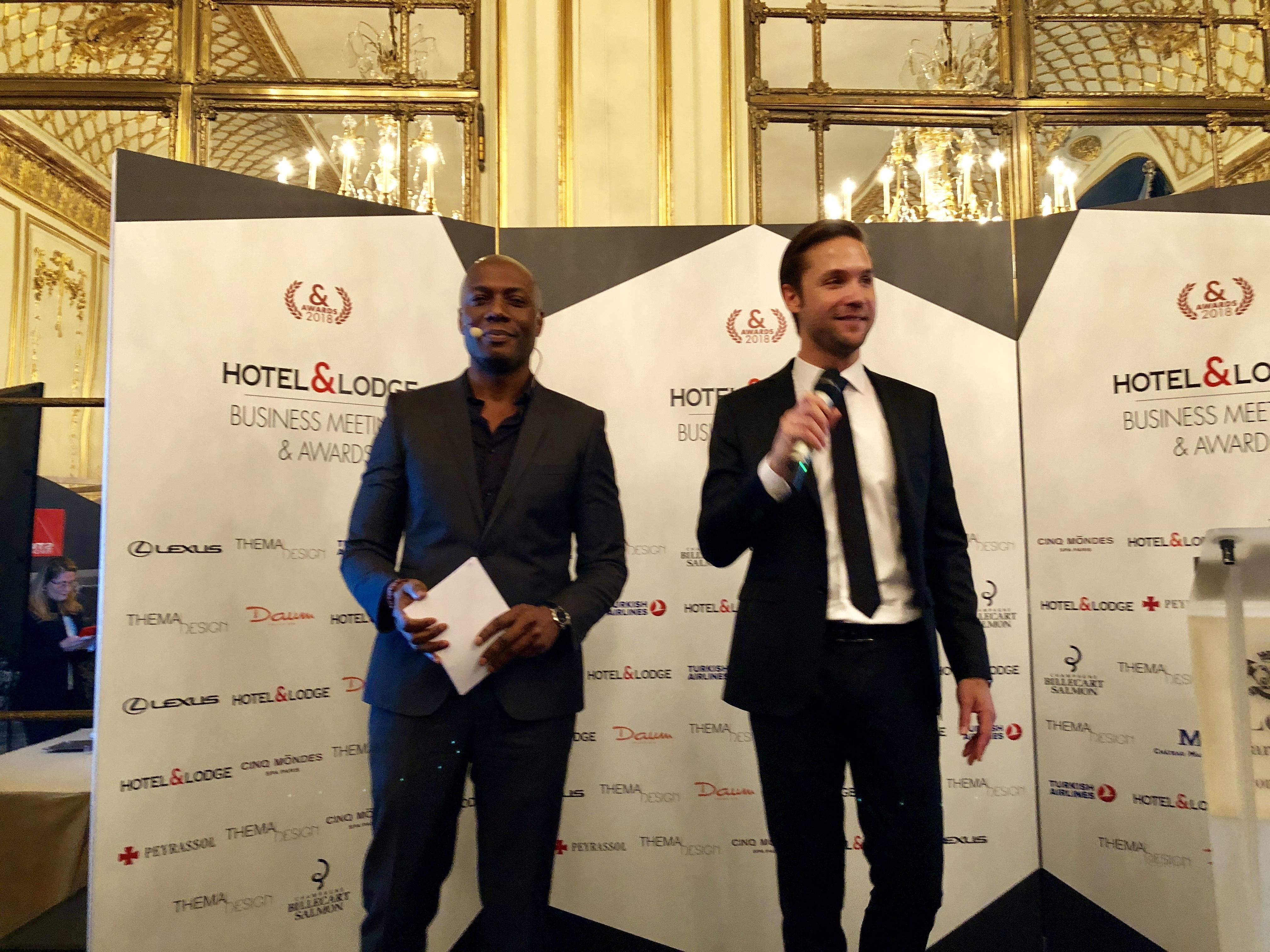Jérôme Gruget, directeur Général du groupe Hôtel & Lodge, avec Harry Roselmack, les deux chevilles ouvrières de la soirée /photo JDL