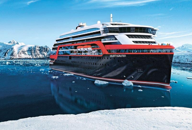 Hurtigruten navigue sur les mers de glace. DR: Hurtigruten