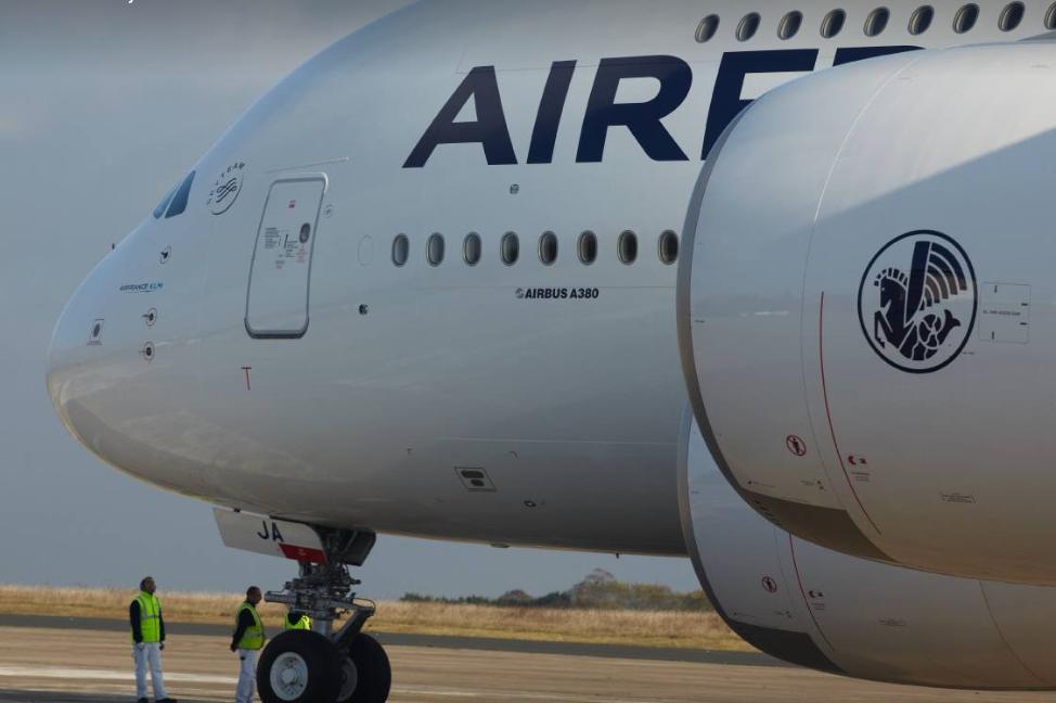 Jeudi 26 avril, les salariés pourront donner leur avis, en ligne, sur le nouveau plan salarial de la direction d'Air France © AF FB