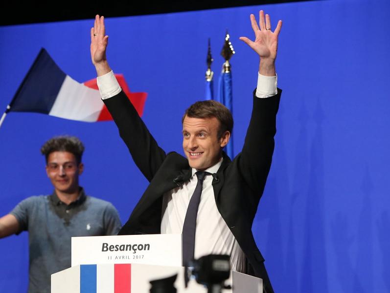 Emmanuel Macron en meeting à Besançon pendant la campagne pour l'élection présidentielle française de 2017 - DR Austrazil creative commons
