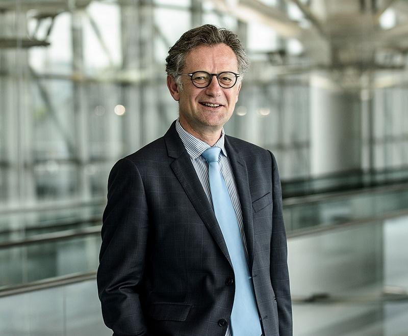 Arnaud Besson a effectué son parcours professionnel pendant 20 ans dans des groupes du secteur industriel et des services - Photo Arnaud Besson - Copyright AMP François Moura