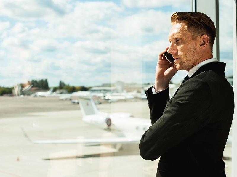 Les voyageurs d'affaires ont conscience de l'impact positif des voyages professionnels, mais certains d'entre eux ont du mal à se plier à la politique voyage de leur entreprise - DR : Fotolia gstockstudio