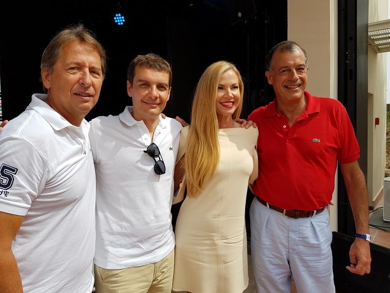 Janyck Daudet, CEO Amérique du Sud, Sylvain Rabuel CEO Europe et Afrique, Federica Panicucci présentatrice TV en Italie et Henri Giscard d'Estaing, PDG du Club Med lors de l'inauguration du Club Med Cefalù en Sicile - Photo CE