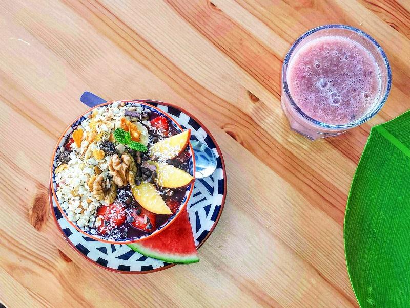 Menu gourmand pour les touristes qui choisissent le Vegan Food Tours