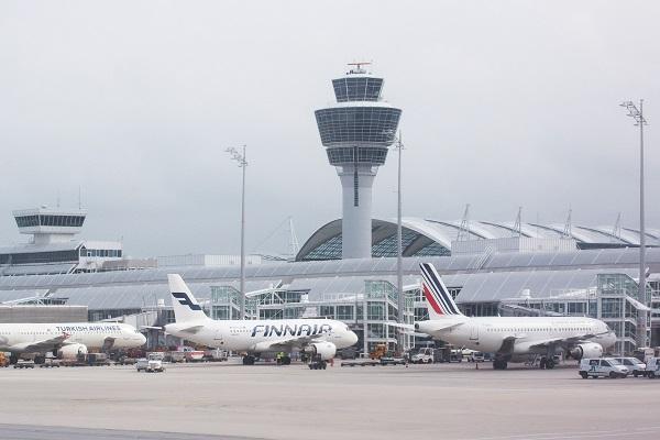 Contrôleurs aériens Marseille, de nombreux vols annulés les 23 et 24 juin 2018 - Crédit photo : Pixabay, libre pour usage commercial