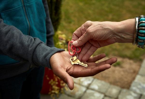 Partenariat Century 21 - Airbnb : partage de revenu entre locataires, propriétaires et agences immobilières - DR