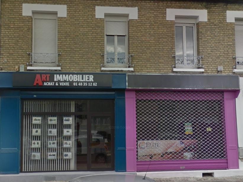 L'agence Elite Voyages à La Courneuve à droite sur la photo - DR Google Map