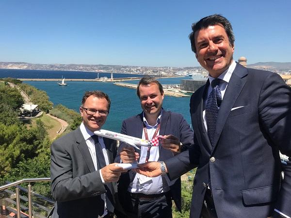 Les responsables de Volotea et de l'Aéroport de Marseille - Crédit photo : Aéroport de Marseille