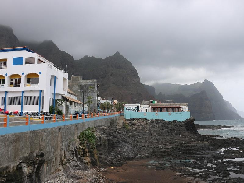 Aux défricheurs, le Cap Vert offre encore de splendides terrains d'exploration - DR : J.-F.R.