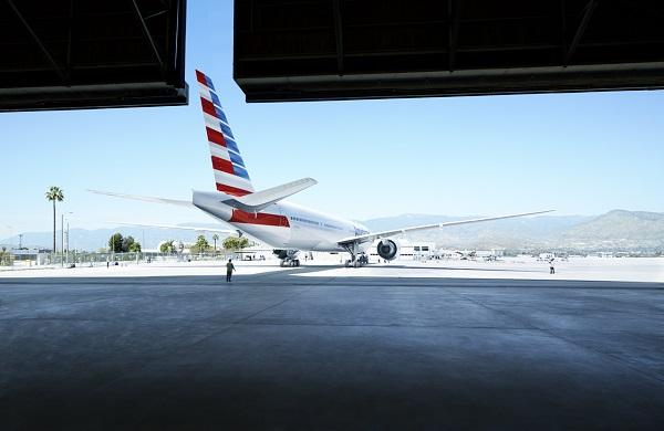En raison de l'inflation des prix du carburant American Airlines supprime des vols - Crédit photo : AA
