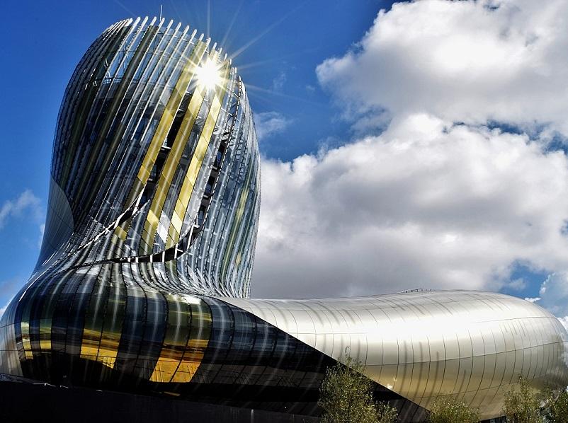 La Cité du Vin à Bordeaux - crédit : Oli Lynch / wikicommons