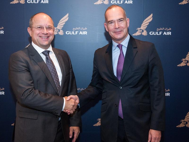 Krešimir Kučko, P-DG de Gulf Air, avec Vincent Coste, le nouveau directeur commercial de la compagnie - DR : Gulf Air