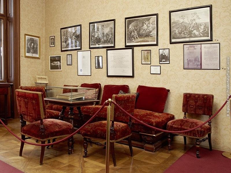 Salle d'attente dans le cabinet de Sigmund Freud.