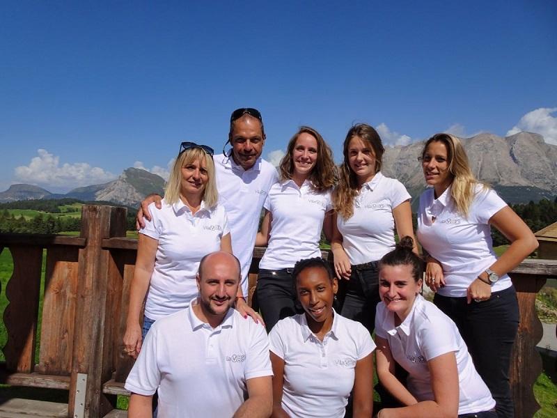 L'équipe Villaveo : tête de réseau et explorateurs,  réunie dans le Dévoluy pour sa 1èreconvention réseau