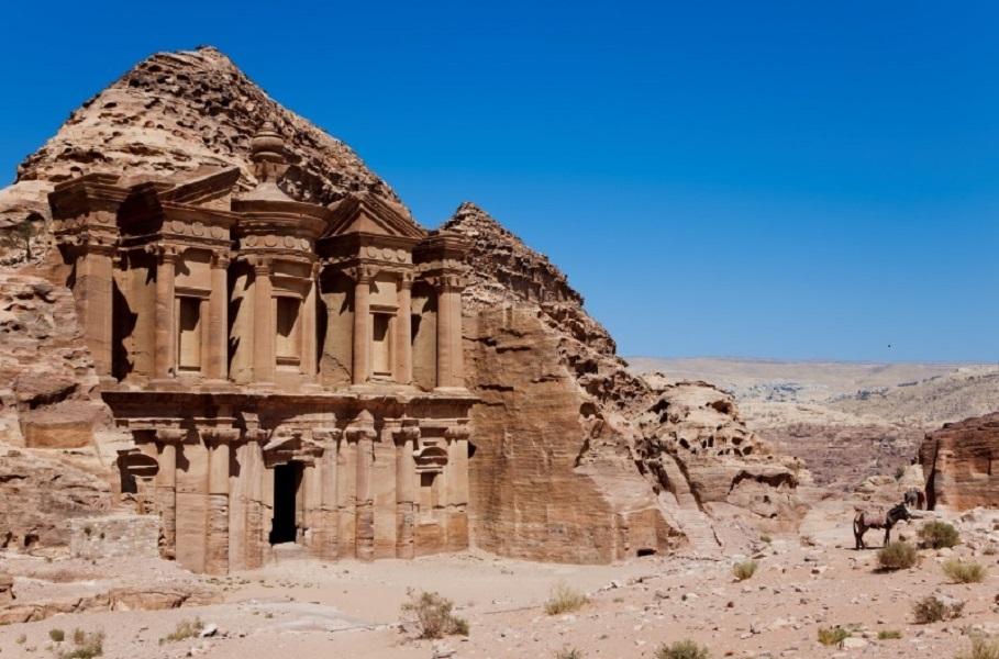 Mi-construite et mi-sculptée dans le roc, Petra est un site archéologique inscrit au patrimoine mondial de l'UNESCO depuis 1985 - DR : Pixabay