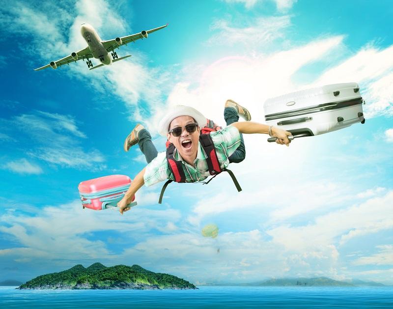 Si j'en crois les nouvelles politiques des compagnies aériennes, va bientôt falloir se déplacer les mains dans les poches, une brosse à dent et quelques pièces coincées dans une doublure de pantalon afin de pouvoir bénéficier b[d'un siège d'avion sans payer ce que, pudiquement, les compagnies nomment les « frais ancillaires » - Photo Depositphotos khunaspix