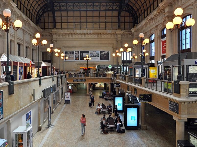 La gare de Bordeaux St Jean pourrait être reliée à celle de Londre St Pancras - crédit photo : Marc Ryckaert | wikicommons