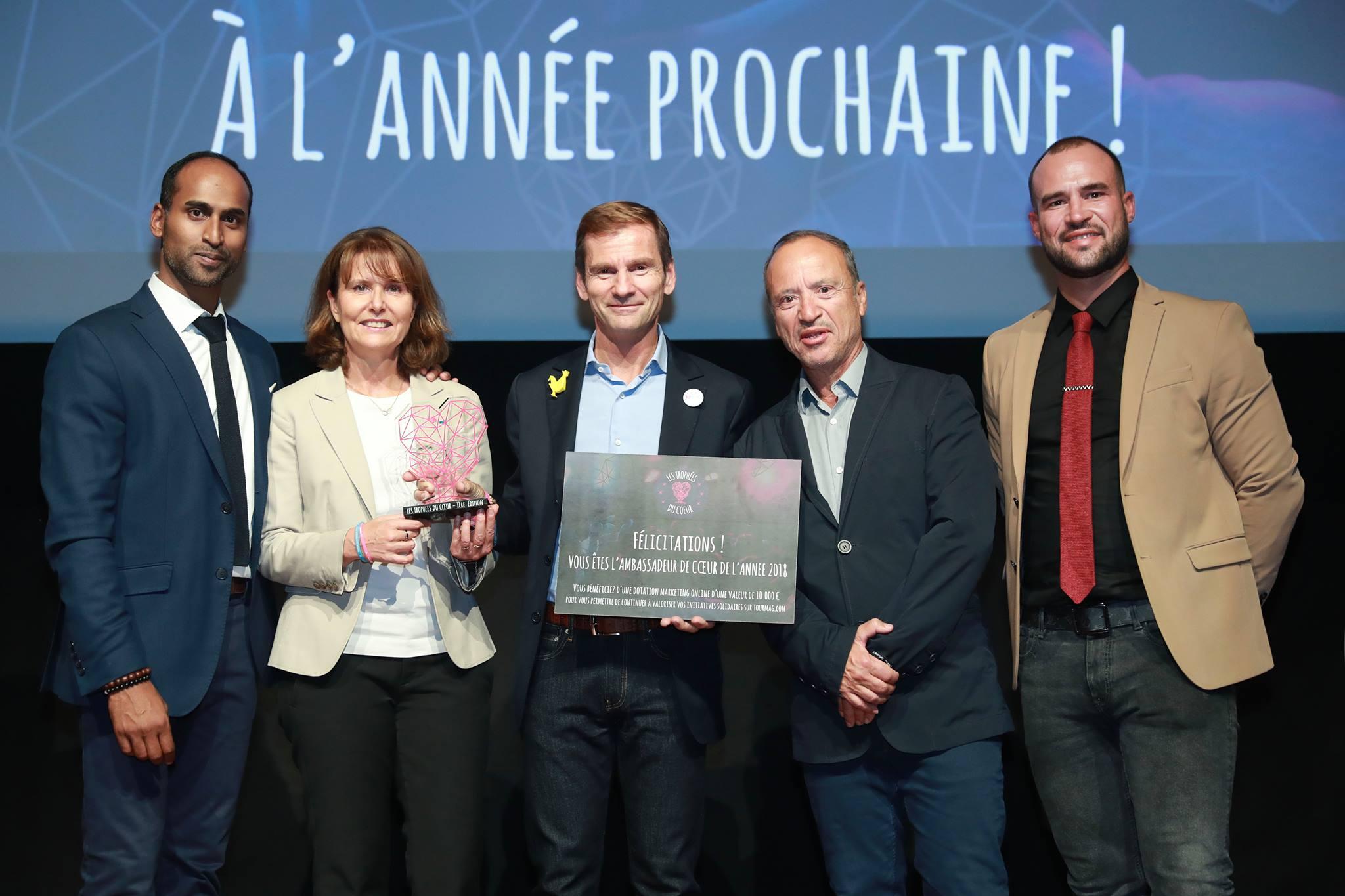 Patricia Blanc présidente d'Imagine For Margo et Nicolas Brumelot fondateur de Misterfly entourés par Francis Rosalès, Jean et Fabien Da Luz - DR