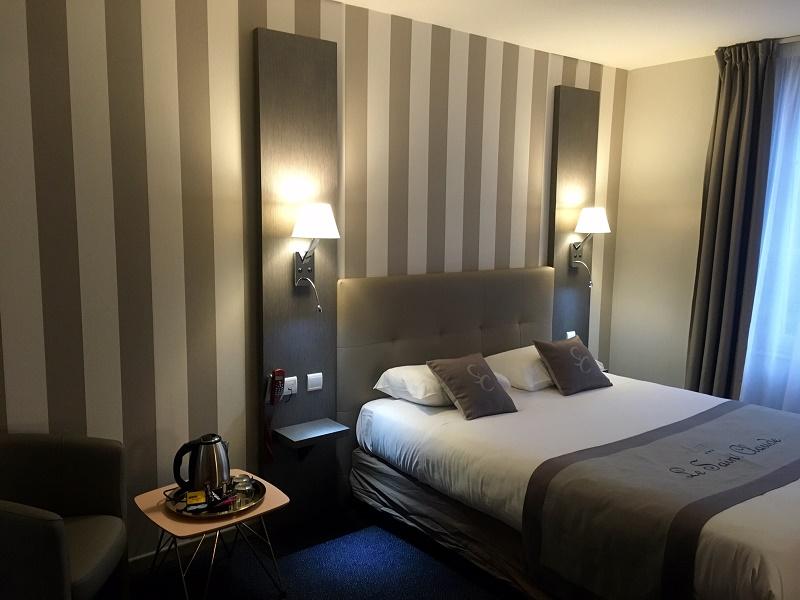 Les 40 chambres de l'hôtel sont équipées d'une connexion Wi-Fi haut débit illimitée et gratuite, de prises USB, une télévision à écran plat, une salle de bain privative avec baignoire ou douche à l'italienne - DR : Best Western