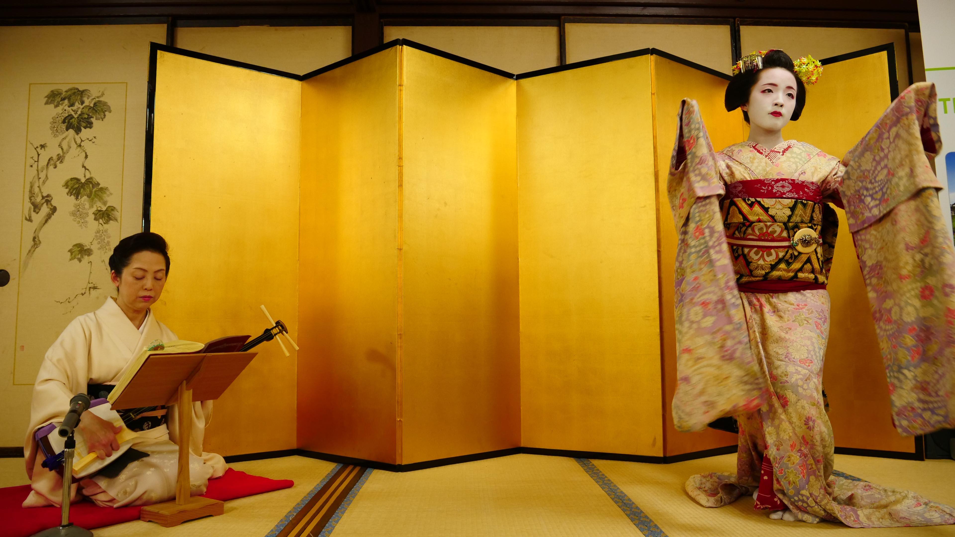 Représentation de geishas © LM