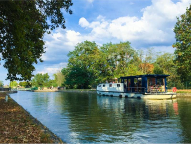 Lancement d'une croisière fluviale en bateau électrique sans permis © Graine de baroudeurs