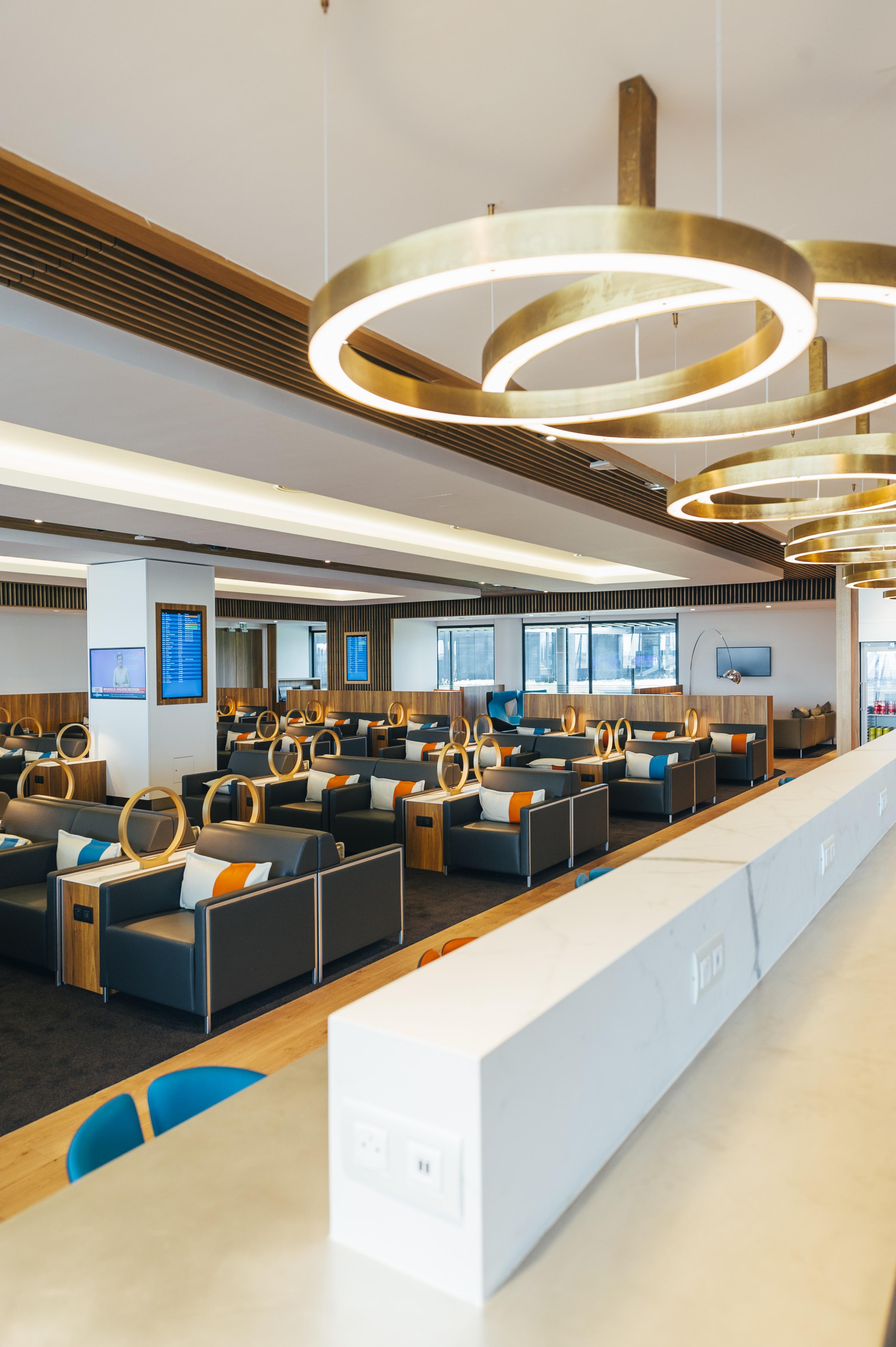 Le salon Mont-Blanc, dans le nouveau Terminal 1 © Aéroports de Lyon