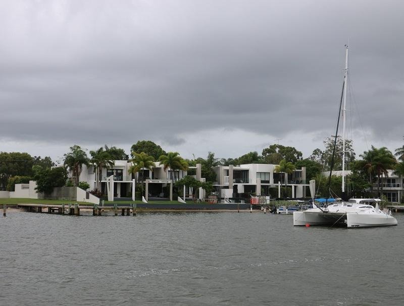 Sur la côte du Queensland, au nord de Brisbane, Noosa, petite ville balnéaire, a tout d'une station branchée - DR : J.-F.R.