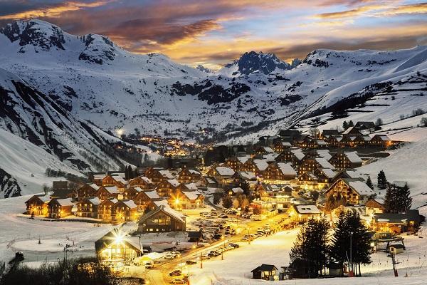 Montagnes françaises, le taux d'occupation en forte hausse pendant les vacances de Noël - Crédit photo : compte Facebook @france.montagnes
