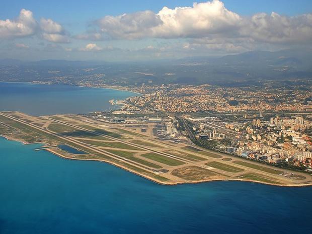 L'ASI a décidé de faire usage de sa faculté de fixer les tarifs des redevances aéroportuaires sur les aérodromes de Nice-Côte d'Azur et Cannes-Mandelieu - DR : WikiCommons