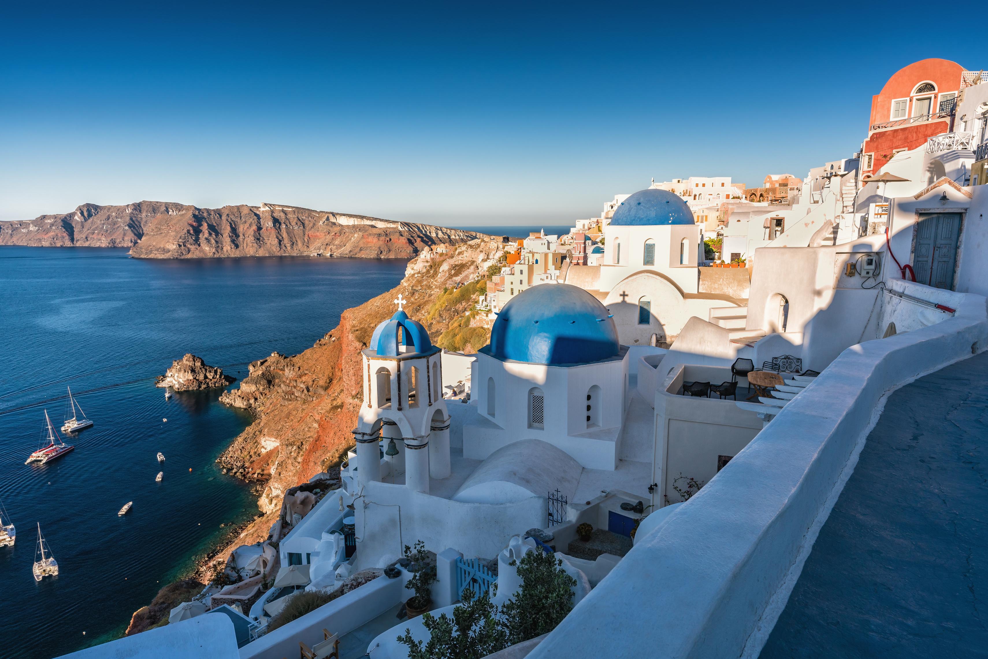 Ollandini lance un nouveau catalogue consacré aux îles méditerranéennes grecques, à la Sardaigne et la Sicile. - DR Ollandini