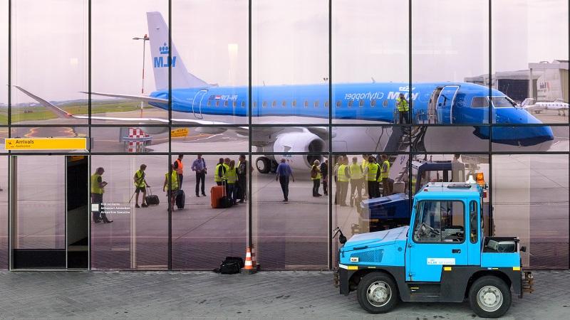 Cette opération est motivée par la protection des intérêts économiques néerlandais, en particulier de l'aéroport d'Amsterdam-Schiphol, le troisième d'Europe - DR : KLM