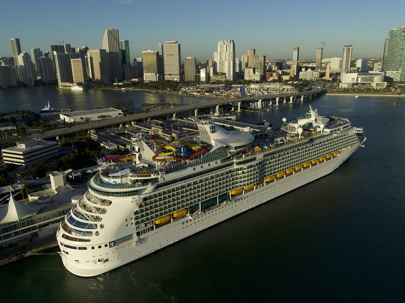 Le Navigator of the Seas démarre une saison de croisières dans les Caraïbes, avec des itinéraires de 5 à 9 nuits - DR : RCI