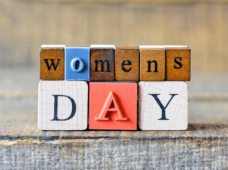 Au 21ème siècle, c'est bien ça le plus grave, on en est encore à consacrer une « journée mondiale » pour les droits des femmes - Depositphotos.com roobcio