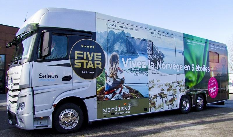Le « motor home (Michel Salaün n'aime pas le terme de camping-car) est entièrement privatisé pour six personnes maximum et le confort est total - DR Salaün